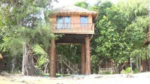 Tree-House-Bungalow-resort-on-Koh-Rong-Island-in-Cambodia