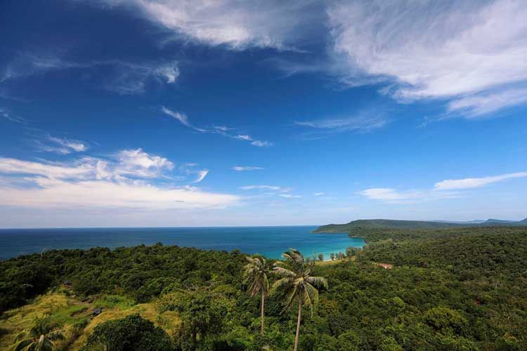 View-From-The-Light-House-á-Koh-Rong-Samloem-Island-í-Kambódía
