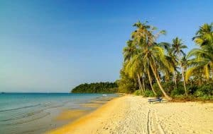 Lonely-Beach-on-Koh-Rong-Island-in-Cambodia