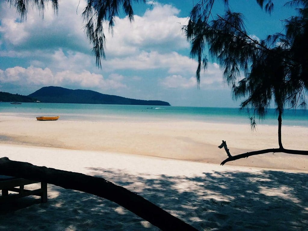 Saracen-Bay-on-Koh-Rong-Samloem