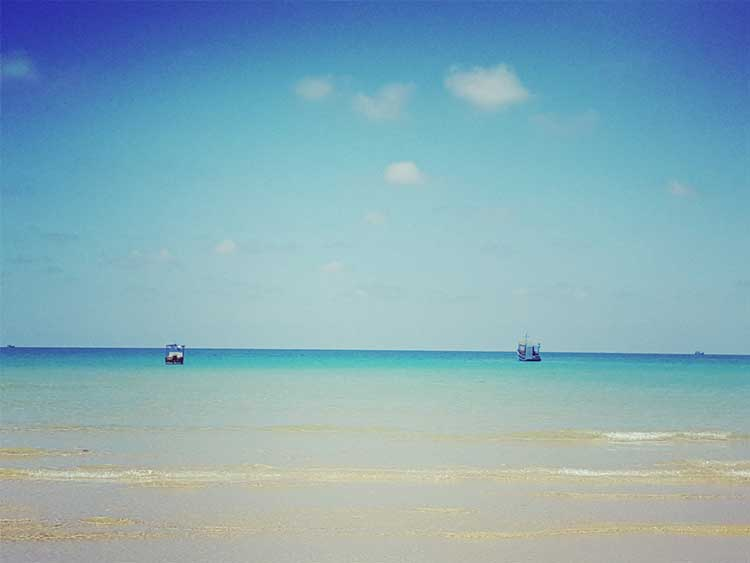 View-from-Lazy-Beach-trên-Koh-Rong-Samloem