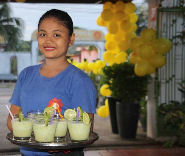 Waitress at Sandan-Restaurant-in-Sihanoukville